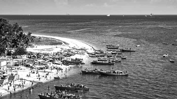 Coast of Dar-es-salaam